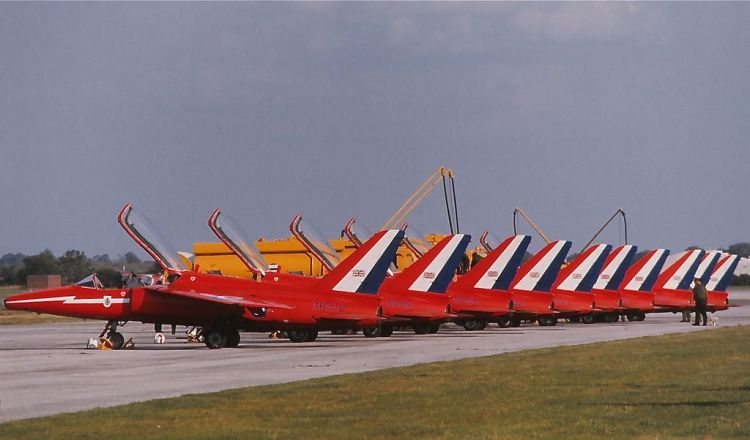 RedArrows1
