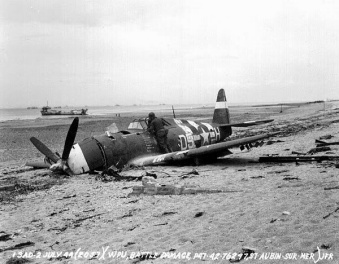 P-47D-15-RE, S/N 42-76279 on the beach after its recovery