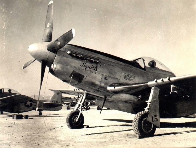 47th_fs_P-51_Iwo_47_squirt