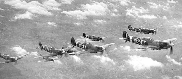 Spitfire-IX-611b